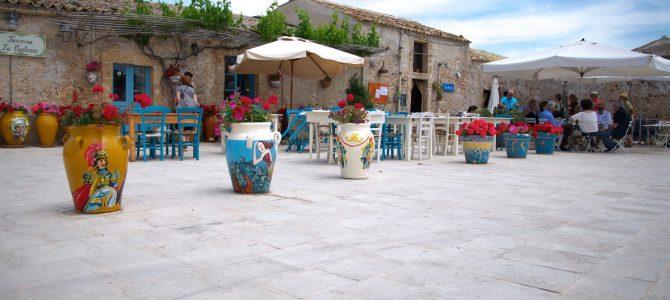 Le più belle piazze siciliane: il trionfo dell'architettura barocca